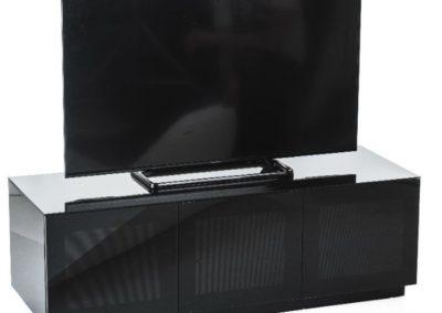 CHIC1400BLK TV branded